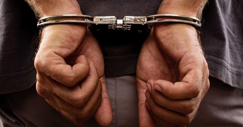 Yunanistan'ın Rodos Adası'na kaçarken yakalandılar ikisi tutuklandı gerisi serbest!