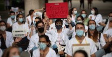 Spain counts 31,400 infections over weekend