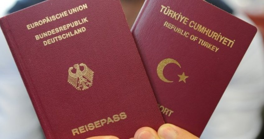 Çifte vatandaşlık seçim malzemesi