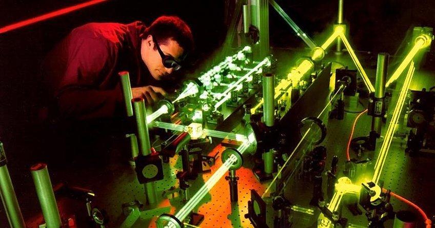 Çinin lazer silahı ürettiği iddia edildi