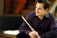 Emmanuel Pahud, one of the most talented flute virtuosos of his generation, returns to the Turkish art and culture scene with his latest concert on Jan. 24 at İş Sanat. The artist, who starred as...