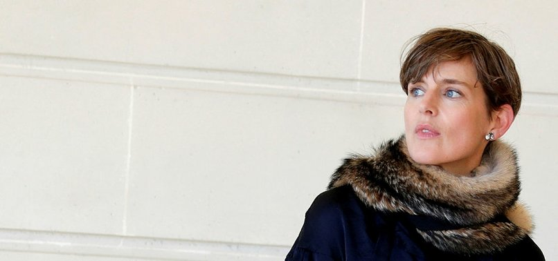 SUPERMODEL STELLA TENNANT DIES SUDDENLY AGED 50