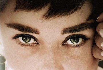 Audrey Hepburn Belgeseli Geliyor