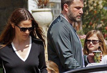 Ben Affleck ve Jennifer Garner çocuklarıyla görüntülendi