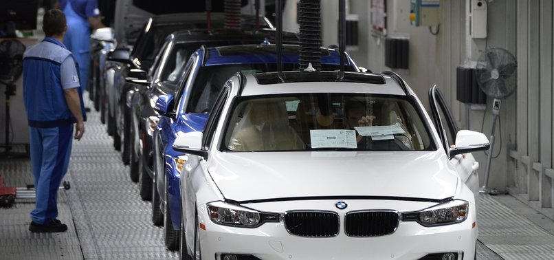 BMW TO DROP 6,000 JOBS THROUGH TURNOVER, EARLY RETIREMENT