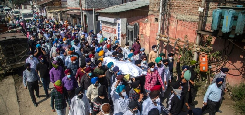 SMALL VOLUNTEER GROUPS IN KASHMIR ACT AS BEACONS OF HOPE
