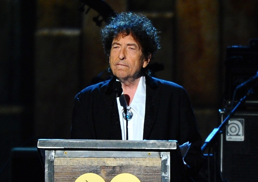 Bob Dylan accepts the 2015 MusiCares Person of the Year award at the 2015 MusiCares Person of the Year show in Los Angeles.  (AP Photo)