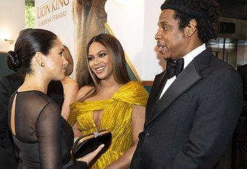 Beyonce ve Meghan Markle Lion King galasında buluştu