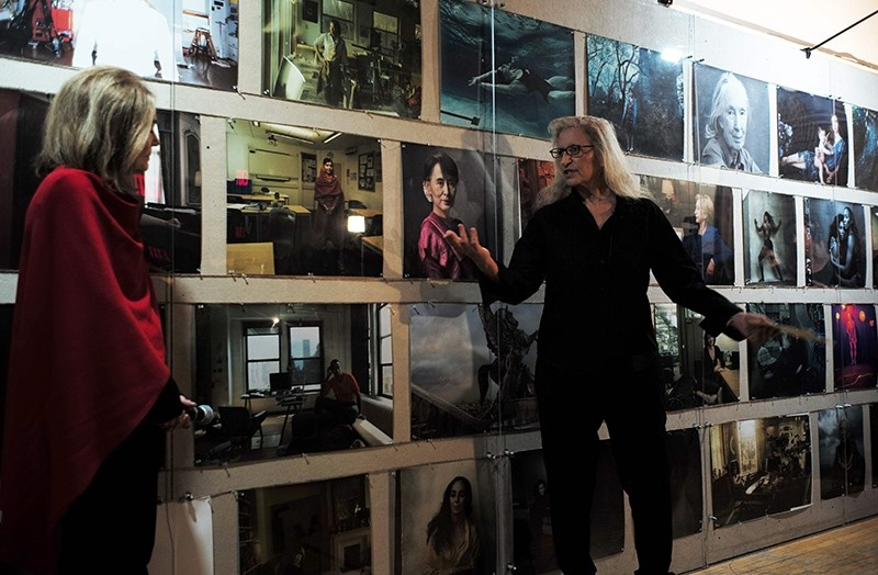 Annie Leibovitz speaks during a press preview of her ,Women: New Portraits, exhibition at the former Bayview Correctional Facility in New York on November 15, 2016. (AFP Photo)