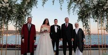 Erdoğan acts as witness at Arsenal player Mesut Özil's wedding