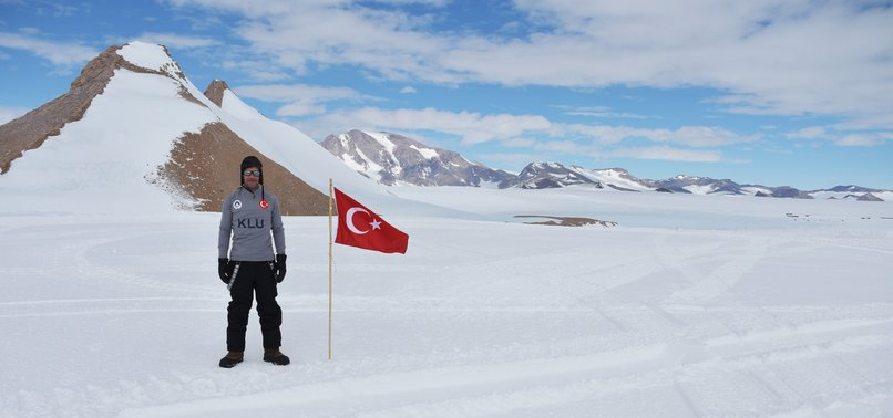 FROM ANTARCTICA, TURKISH SCIENTIST FETCHES 3 METEORITES