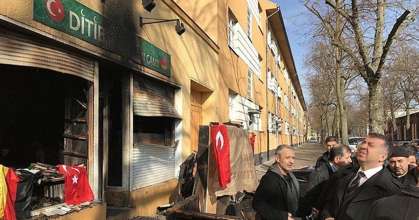 Almanyada Müslüman derneklerin temsilcileri dayanışma bekliyor
