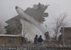 Bişkek'te düşen uçağa ilişkin flaş haber
