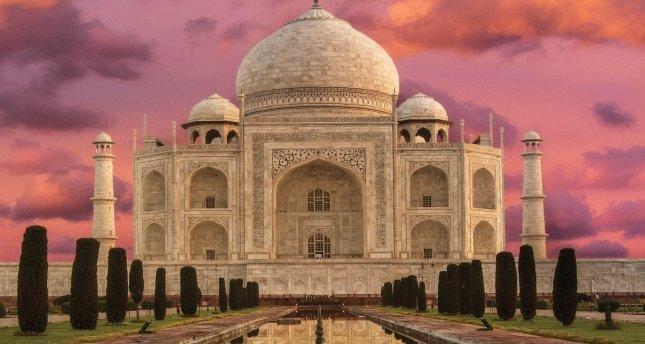 Agra'ya Yolculuk