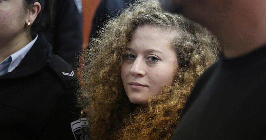Filistinli cesur kız Ahed'e 8 ay hapis cezası