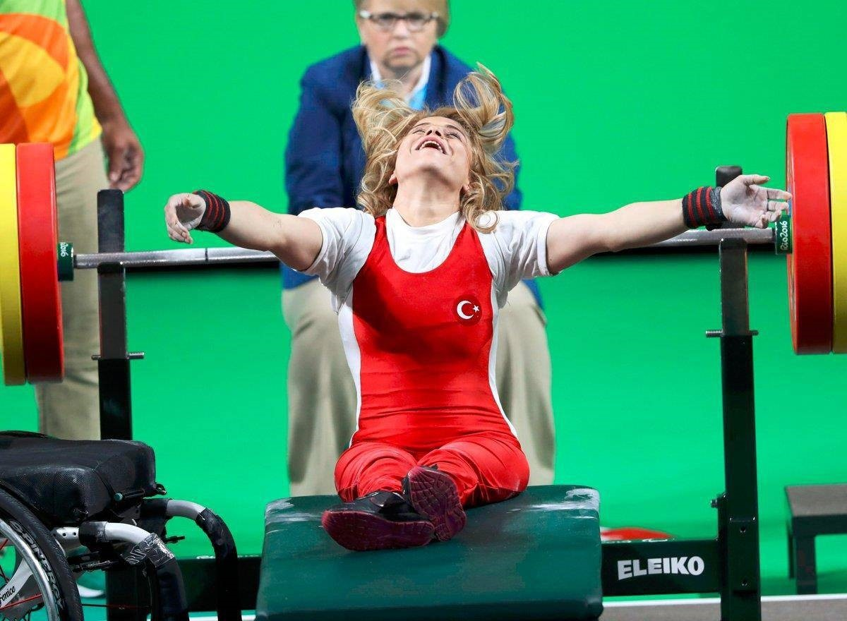 National weight lifter, Nazmiye Muslu Muratlu0131 broke the world record by lifting 104 kilograms in Rio 2016 Paralympic Games. (DHA Photo)