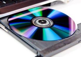 Porno CD'lerinden askerler çıktı!