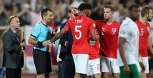 Referee halts play after racist chants in Bulgaria-England game