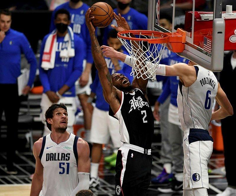 NBA'DE MAVERİCKS'İ YENEN CLİPPERS KONFERANS YARI FİNALİNE KALAN SON TAKIM OLDU