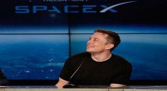 Elon Musk ve SpaceXin yeni uzay aracı