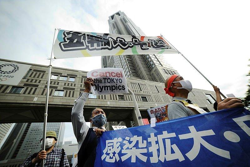 JAPON HALKININ YARISI TOKYO 2020'NİN DÜZENLENECEĞİNİ DÜŞÜNÜYOR