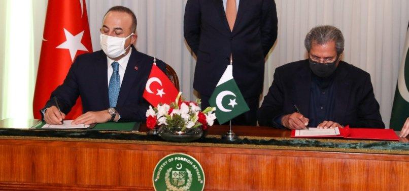 PAKISTAN, TURKEY FORMALIZE DEAL FOR LITERACY PROMOTION