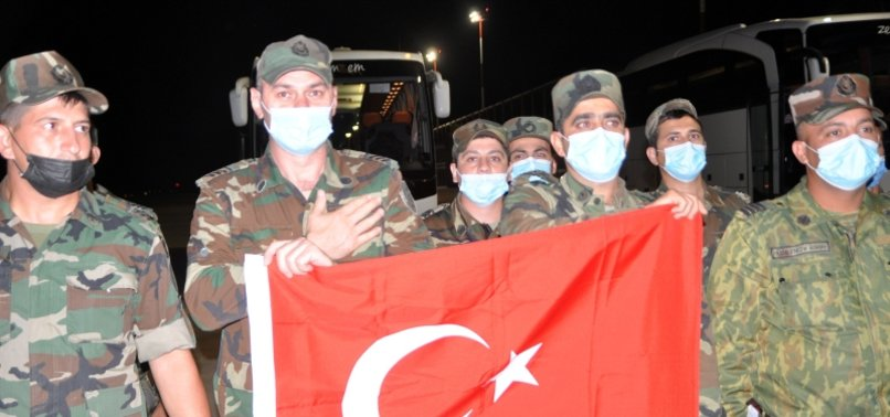 Azerbaijani team arrives in Turkey to help fight forest fires