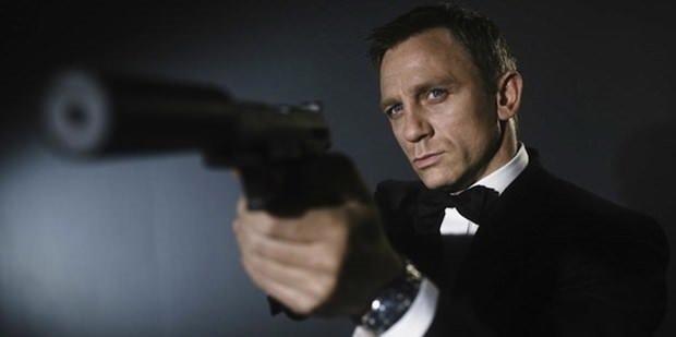 Yeni Bond'a 150 milyon dolarlık teklif!
