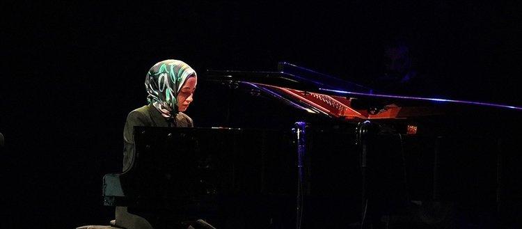 Büşra Kayıkçı'nın tekli albümü Deutsche Grammophon etiketiyle müzikseverlerle buluştu