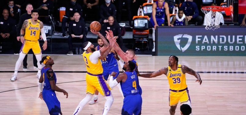 DAVIS PUTS UP 37 AS LAKERS TOP NUGGETS IN GAME 1