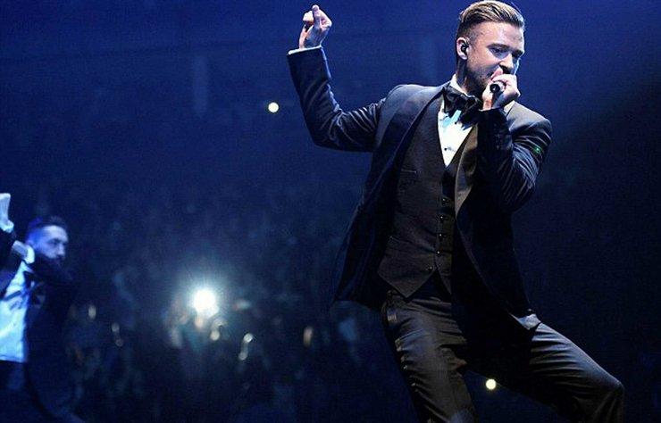 Ünlü şarkıcı Justin Timberlake, geçtiğimiz günlerde New York'ta golf oynarken görüntülendi.