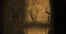 Sun illuminates statue of Ramses II on his birthday