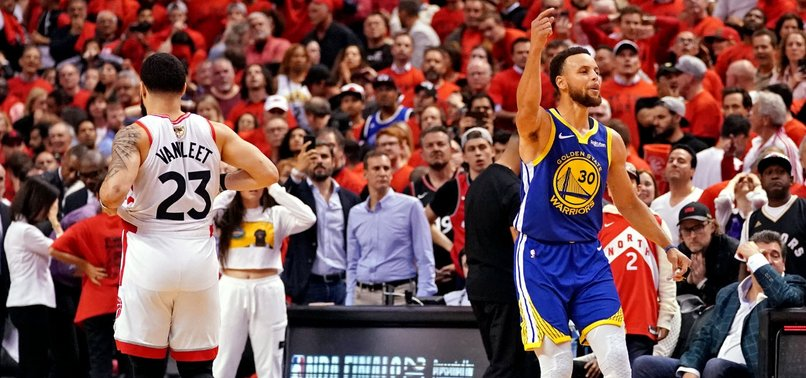 DURANT EXITS, BUT WARRIORS EDGE PAST TORONTO RAPTORS TO KEEP NBA TITLE HOPES ALIVE