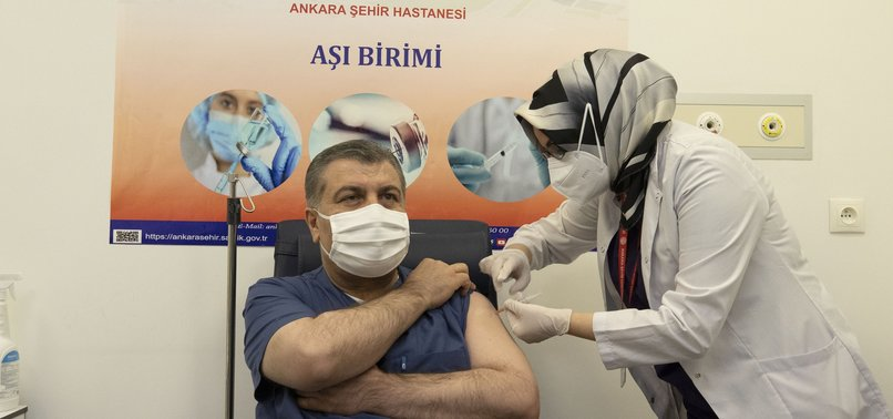 TURKEY TO BEGIN VACCINATING HEALTH PERSONNEL STARTING JAN.14