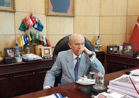 Devlet Bahçeli'nin yeni tarzı sosyal medyada beğeni topladı