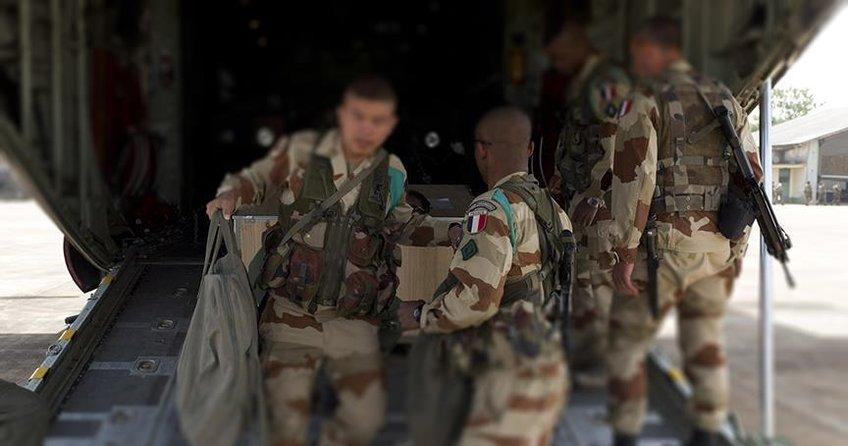 Fransız askerleri YPG/PKKyla iş birliğini artırdı
