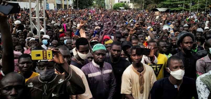 THOUSANDS IN MALIS CAPITAL DEMAND THAT PRESIDENT STEP DOWN
