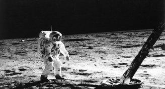 NASA, Ayda su oluşabileceğini iddia ediyor.