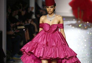 Giambattista Valli Haute Couture İlkbahar/Yaz 2019 koleksiyonu
