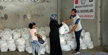 Turkish NGO distributes foods to over 8,000 in Gaza
