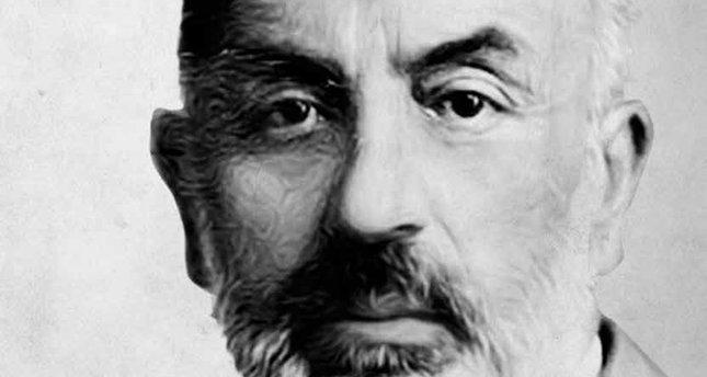 Dininin ve milliyetinin ruhunu karakterinin esası yapan şair: Mehmet Akif Ersoy