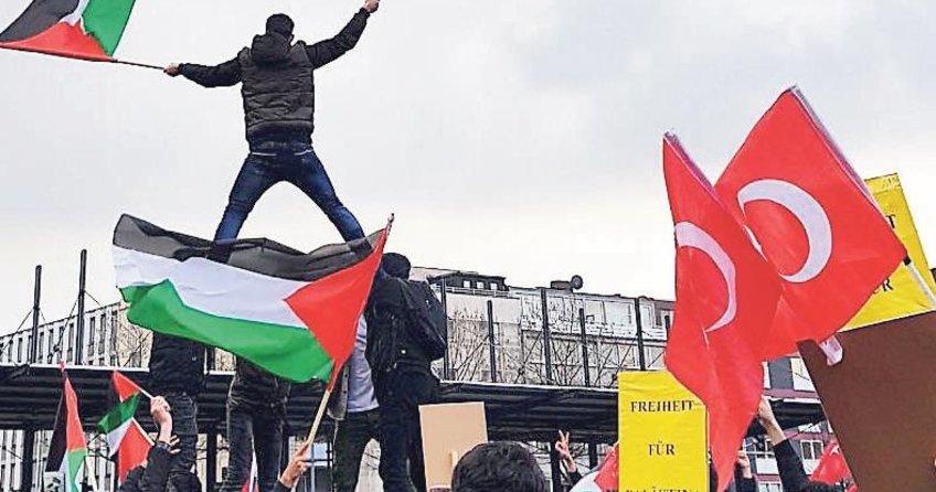 Avrupa'da Kudüs tepkisi dinmiyor