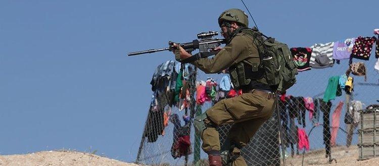 İsrail askerleri Gazze'de atık toplayan işçilere ateş açtı