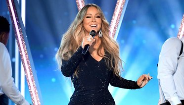 Mariah Carey İlk Albümünün 30. Yılını Kutladı