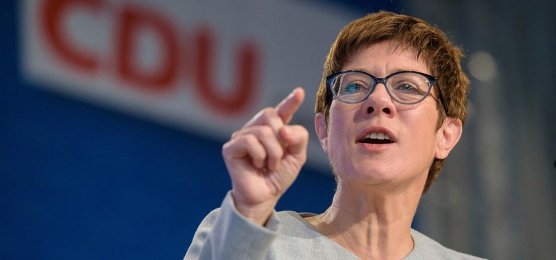 GERMANY TO REFORM ELITE ARMY UNIT OVER FAR-RIGHT LINKS