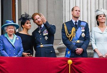 Kraliyet üyelerinden Meghan Markle ve Prens Harrye doğum tebriği