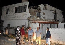 Ege'deki deprem sonrası görüntüler