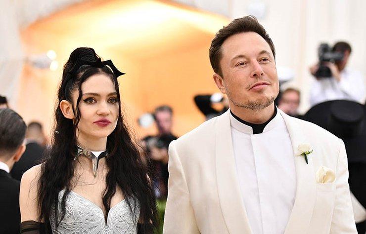 Uzun süredir birlikte olan ve bir çocukları bulunan Elon Musk ve şarkıcı Grimes ilişkilerini noktaladı.