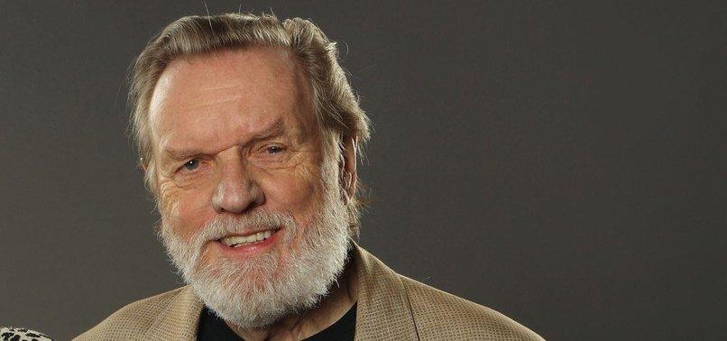 JOHN NAISBITT, AUTHOR OF BESTSELLER MEGATRENDS, DIES AT 92