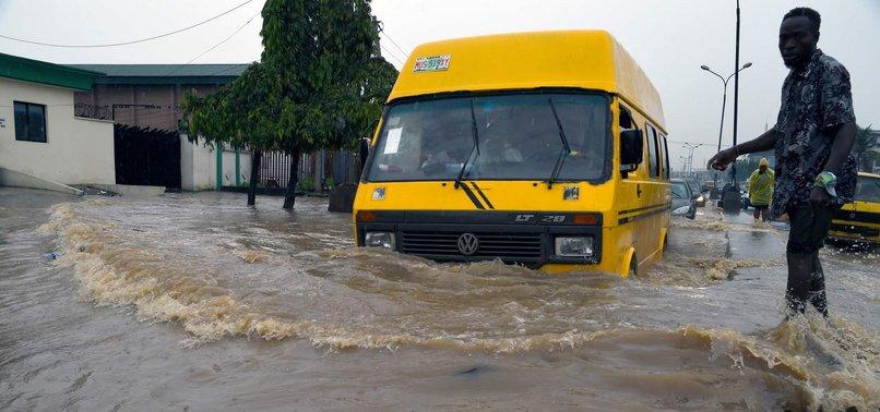 FLOODS LEAVE 6 DEAD IN NIGERIA'S LAGOS